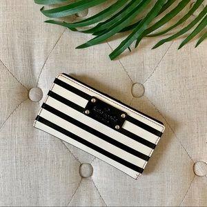 ♠️Kate Spade Striped Wallet